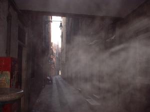 alley-misty-venice